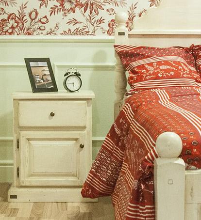 Ador Mobila Brasov - Dormitor la comanda lemn de brad